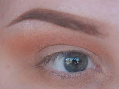 How to create a cut crease eye makeup look. Smokey Cut Crease - Step 2