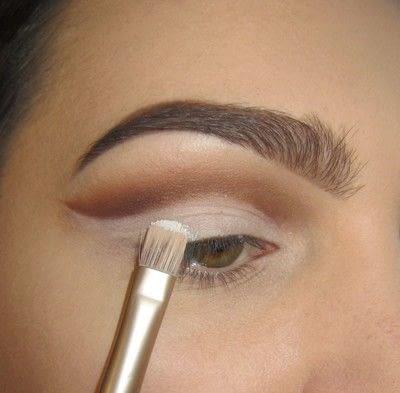How to create a cut crease eye makeup look. Classic Cut Crease - Step 2