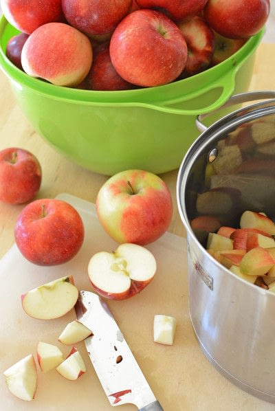 How to cook apple sauce. No Sugar Added Canned Applesauce - Step 3