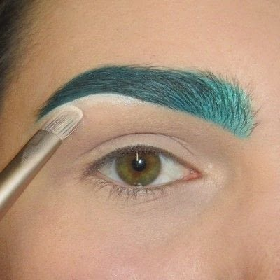 How to makeover an eyebrow. Turquoise/Teal Colored Brows - Step 6