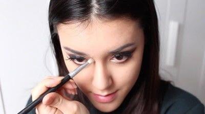 How to create a tan or contour makeup. Simple Face Contour - Step 4