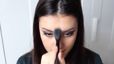 How to create a tan or contour makeup. Simple Face Contour - Step 8