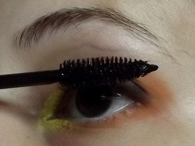 How to create a two toned eye makeup look. Everybody Hate's Orange - Step 4