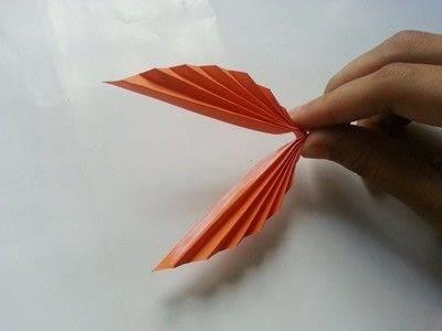 How to make a paper model. Diy Fun Paper Leaf - Step 5