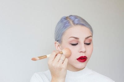 How to create an eye makeup look. Taylor Swift classic look - Step 7