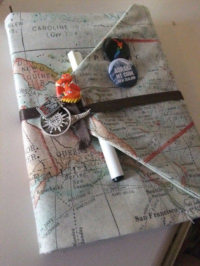 How to make a travel accessory. DIY Fabric Journal Book Cover - Step 7