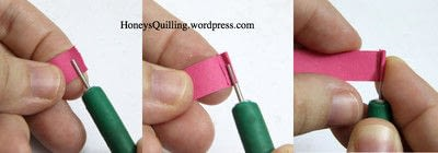 How to fold a piece of quilled art. Paper Quilling Roses - Step 1
