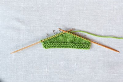 How to knit . Japanese Short Rows - Step 3