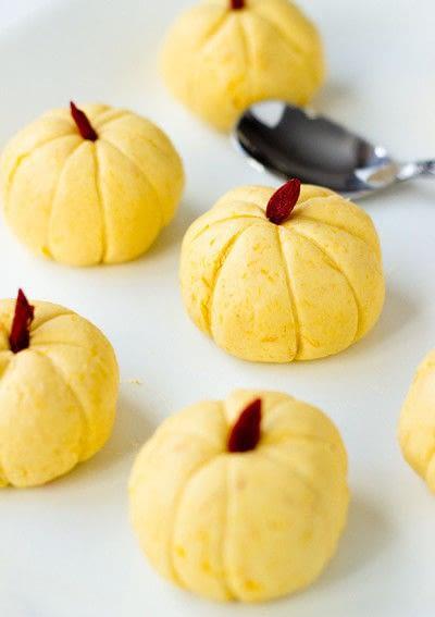 How to make a dessert / sweet. Mini Pumpkin Rice Cake - Step 5