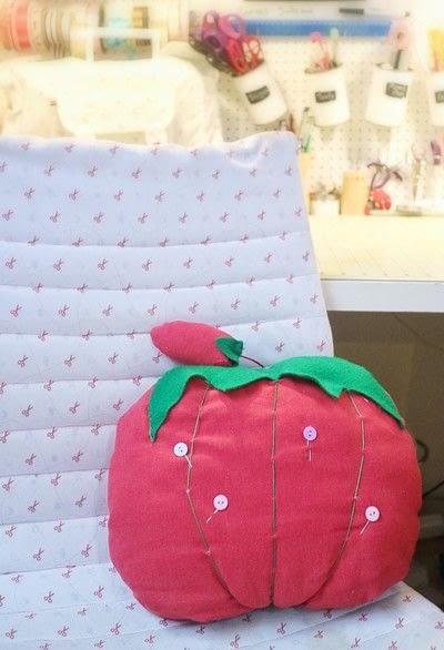 How to make a shaped cushion. Pincushion Cushion - Step 20