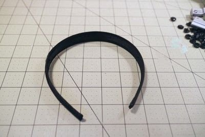 How to make an embellished headband. Snap On Headband - Step 1