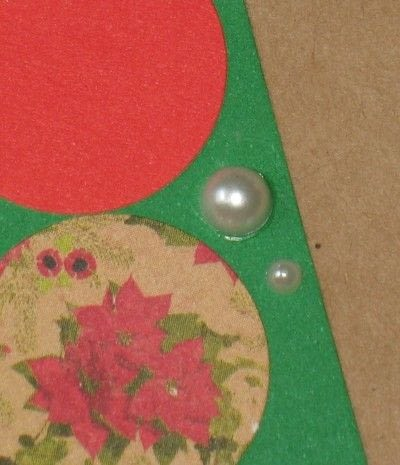 How to embellish a button card. Card Focal Points:  Shapes, Layering And Assembling - Step 4