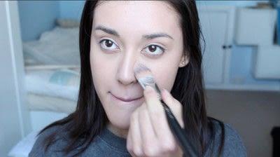 How to create a natural eye makeup. No Makeup Makeup | Brighter Eyes - Step 1