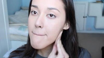 How to create a natural eye makeup. No Makeup Makeup | Brighter Eyes - Step 2