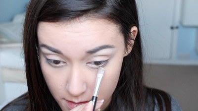 How to create a natural eye makeup. No Makeup Makeup | Brighter Eyes - Step 8
