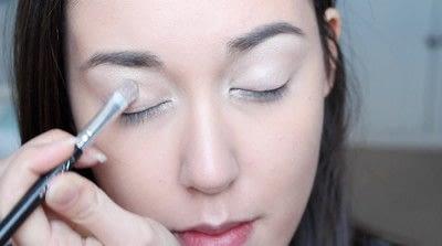 How to create a natural eye makeup. No Makeup Makeup | Brighter Eyes - Step 11