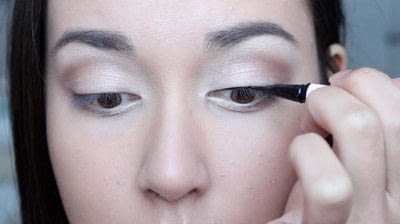 How to create a natural eye makeup. No Makeup Makeup | Brighter Eyes - Step 14