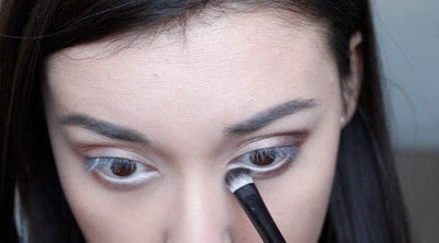 How to creat an Arabic eye makeup look. Arabian Smokey Blue Eye Makeup  - Step 13