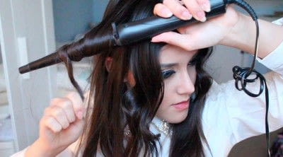 How to style a curly hairstyle / wavy hairstyle. Persian Princess   Wavy Hair - Step 8