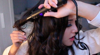 How to style a curly hairstyle / wavy hairstyle. Persian Princess   Wavy Hair - Step 12