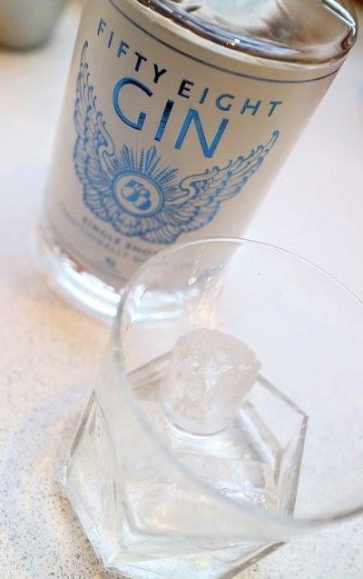 How to mix a gin cocktail. Elderflower Cobbler - Step 1
