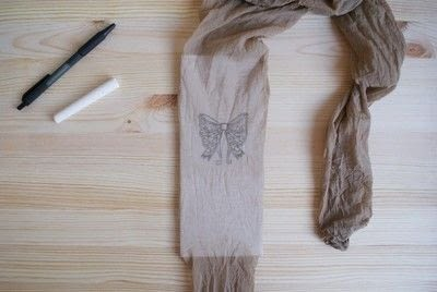 How to make a pair of tights / pantyhose. Printed Bows Tights (Diy) - Step 2