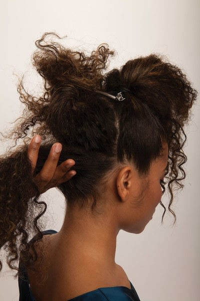How to style a mohawk hairstyle. Fancy Fauxhawk - Step 5