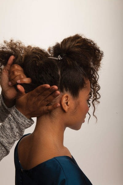 How to style a mohawk hairstyle. Fancy Fauxhawk - Step 6