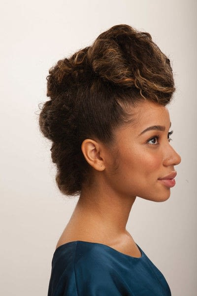 How to style a mohawk hairstyle. Fancy Fauxhawk - Step 18