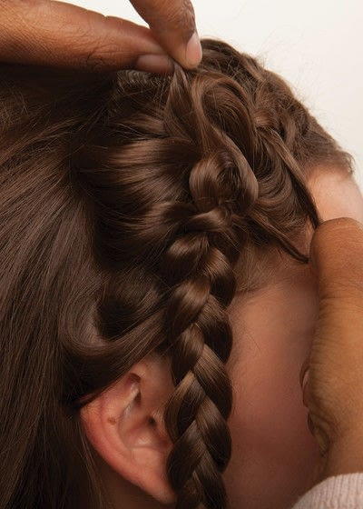 How to style a crown braid. Half Crown Braid - Step 15