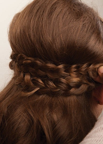 How to style a crown braid. Half Crown Braid - Step 19