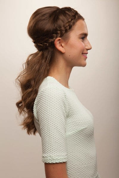 How to style a crown braid. Half Crown Braid - Step 20