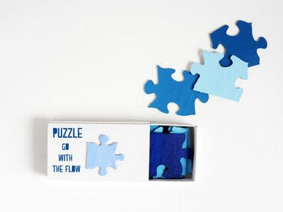 How to make a puzzle. Diy Travel Size Puzzle - Step 2