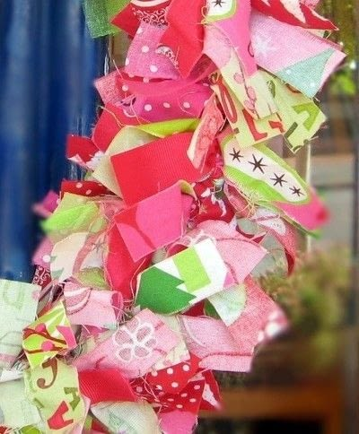 How to make a fabric wreath. Bell And Bird Christmas Wreath - Step 1
