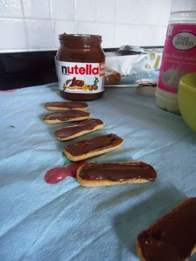How to bake biscotti. Nutella & Coconut Pavesini - Step 2