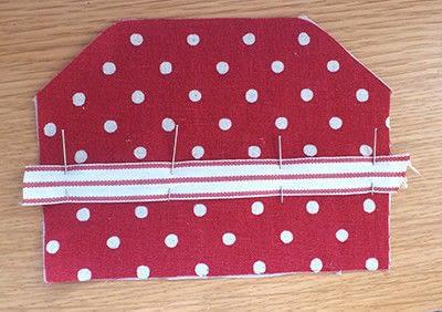How to make a snap purse. Snap Frame Purse Tutorial  - Step 2