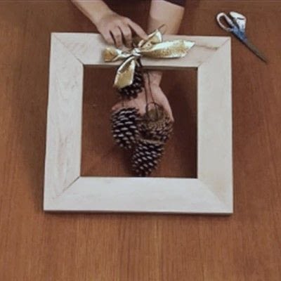 How to make a recycled photo frame. 1 Frame, 3 Ways - Step 4