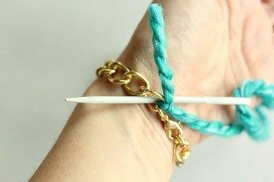 How to make a braided yarn bracelet. Yarn Wrapped Bracelet - Step 8