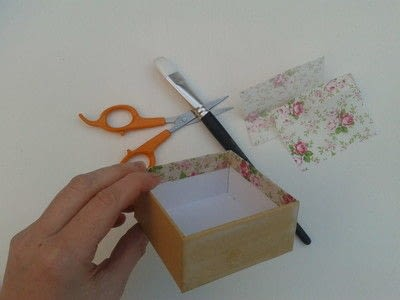 How to make a decoupage box. Deco Mache Gift Box - Step 1