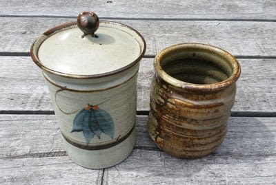 How to make a vase, pot or planter. Upcycled Ceramic Jars To Plant Pots - Step 1