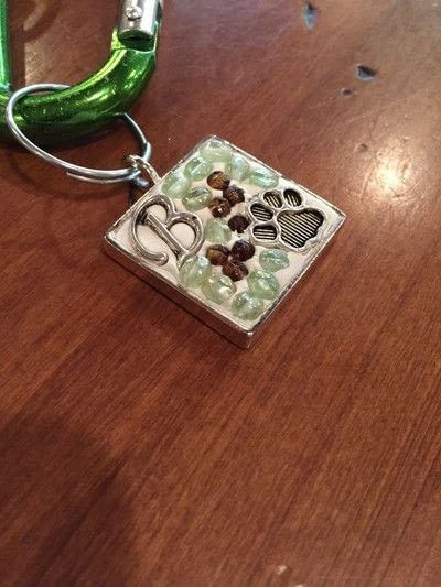 How to make a pet tag. Crystal Clay Pet Bling - Step 3