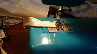 How to make a cushion. Rocking Chair Cushion Cover - Step 3