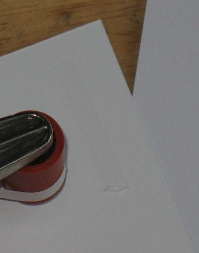 How to make a greetings card. Inked Stencil Card - Step 5
