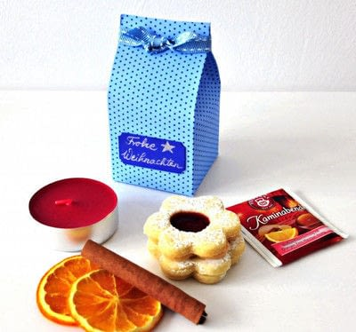 How to make gift wrap. Gift In A Milk Box - Step 2