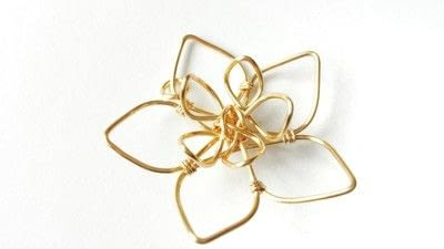 How to make a wire pendant. Wire Flower Necklace  - Step 15