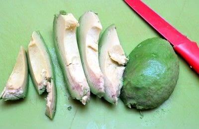 How to cook an avocado toast sandwich. Avocado Toast - Step 1