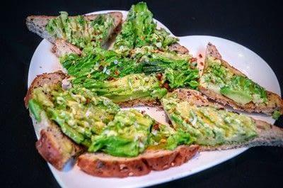How to cook an avocado toast sandwich. Avocado Toast - Step 5
