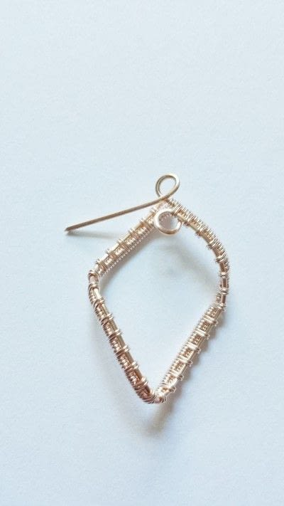 How to make a pair of wire earrings. Cascading Diamond Earrings  - Step 11