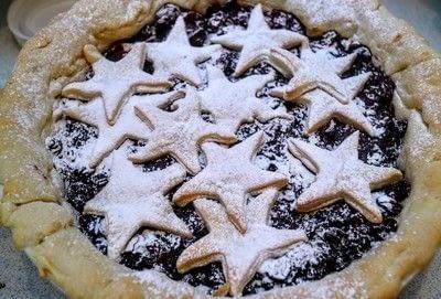 How to bake a mince pie. Mince Pie Tart - Step 8