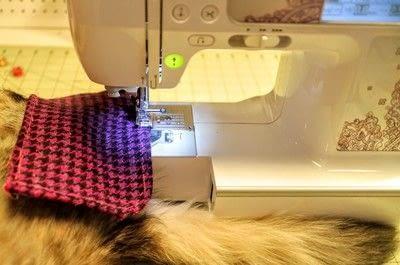 How to make a satchel. Tweed Pocket Satchel - Step 8